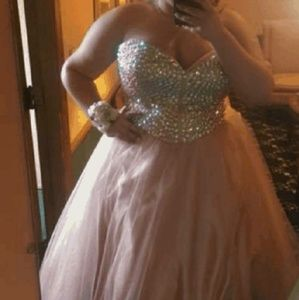 Plush Color Prom Dress